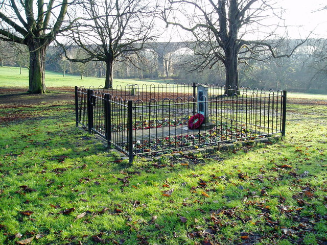 Scout War Memorial, Churchfields Recreation Ground, Hanwell