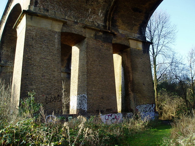 Wharncliffe Viaduct support arches