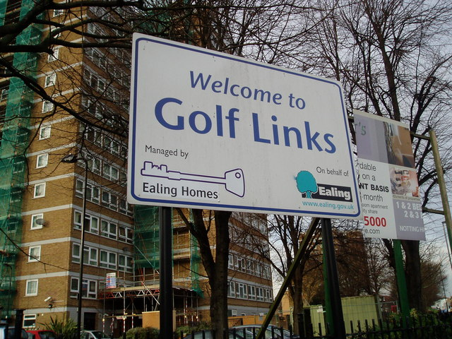Golf Links Estate sign