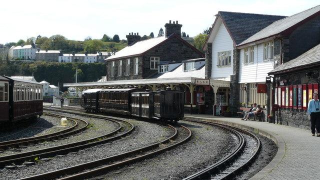 Ffestiniog Railway - Porthmadog Harbour Station