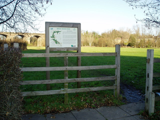 Entrance to Brent Meadow