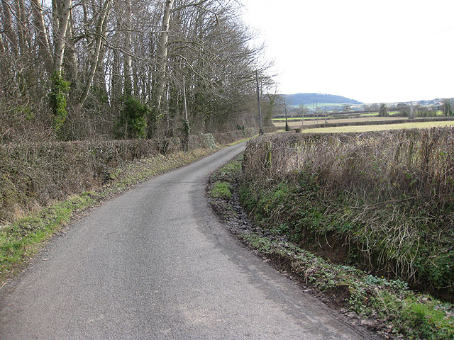 Narrow lane to Portway