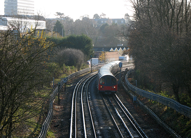 Train to High Barnet