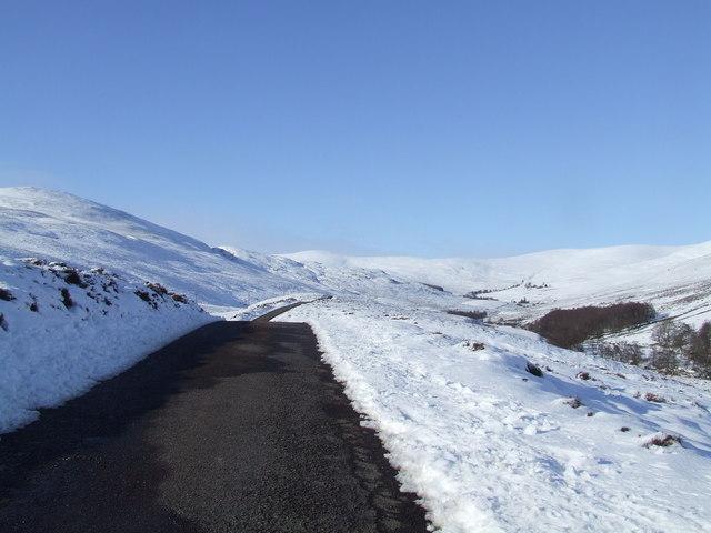 Glen Lethnot road in the snow