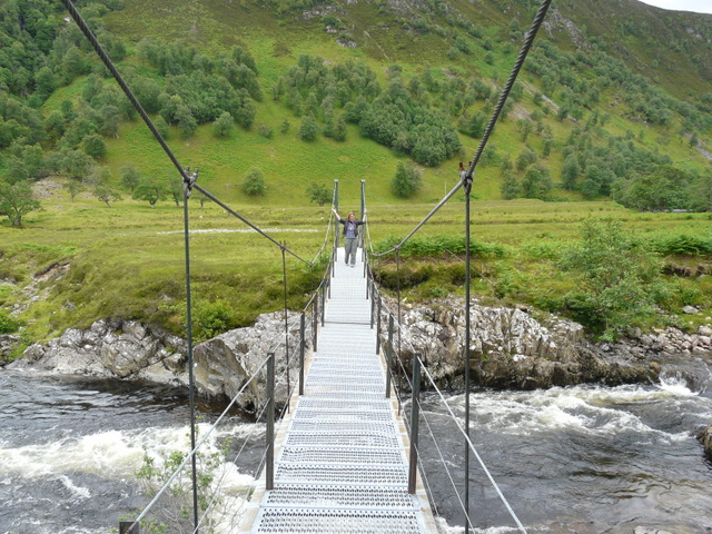Footbridge over the river Meig