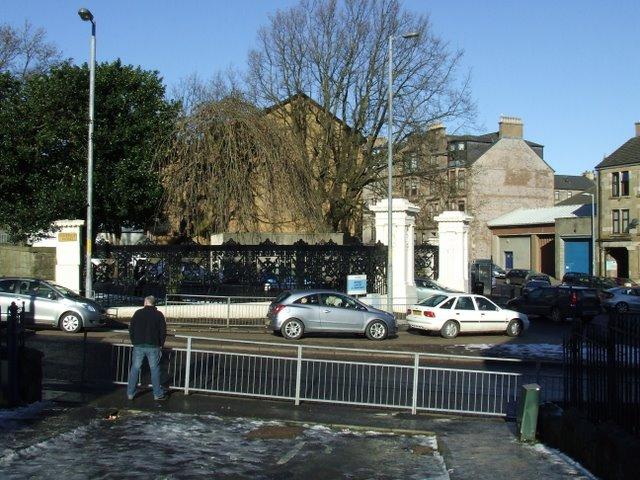 Greenock Cemetery gates