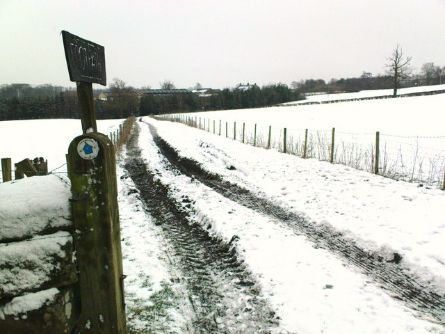 Bridleway to Hill House Farm