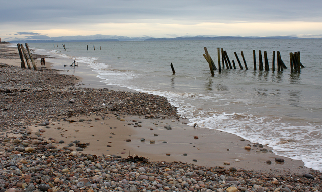 Old Groynes, Culbin Beach