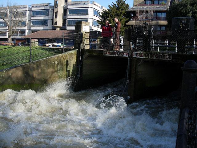 River Cam sluice