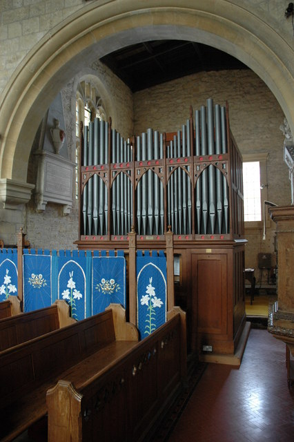 Organ in Temple Guiting church