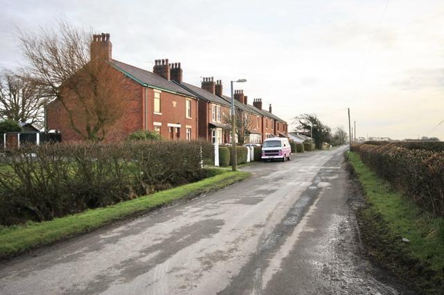 Cottages on Wheel Lane, Smallwood Hey
