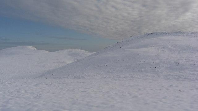 Hill SE of Aberscross Hill