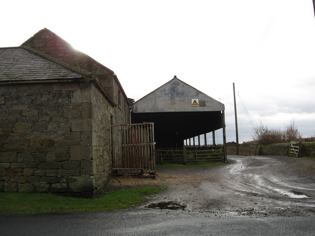 Farm buildings at Shellacres Farm.