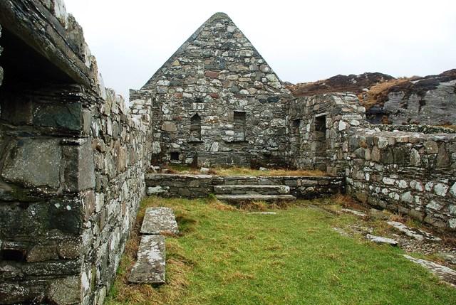 Inside Kilchiaran Chapel