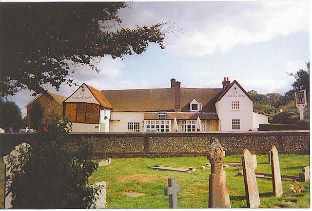 The Old Queen's Head, Tylers Green
