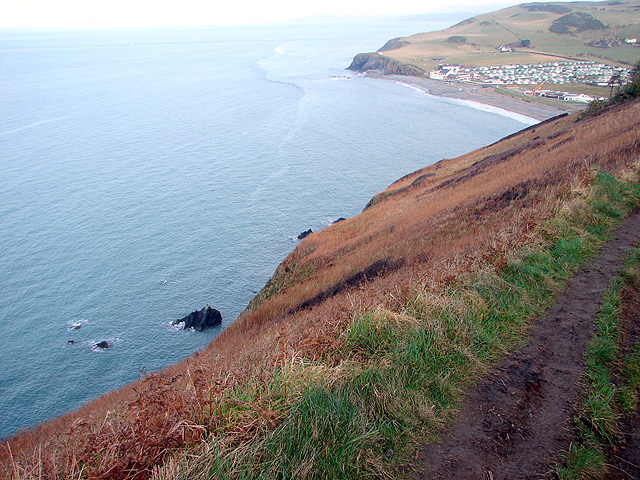 Sheer drop beside the Ceredigion Coastal Path