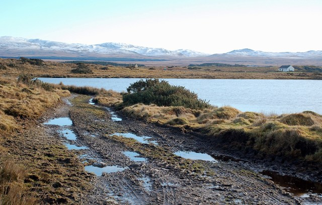 Approaching Lochan na Nigheadaireachd