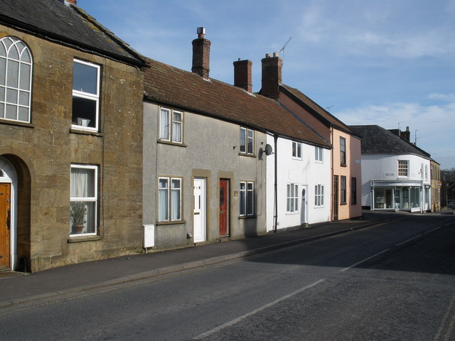 Junction of Station Road and New Road, Ilminster