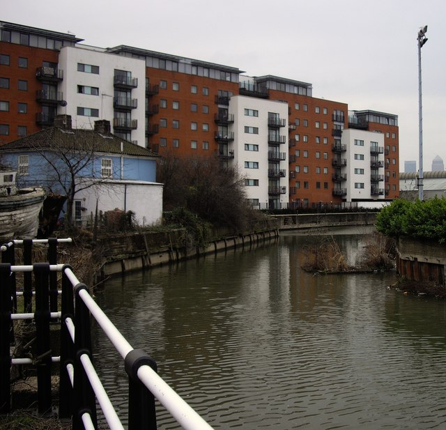 Junction of City Mill River and Bow Back River