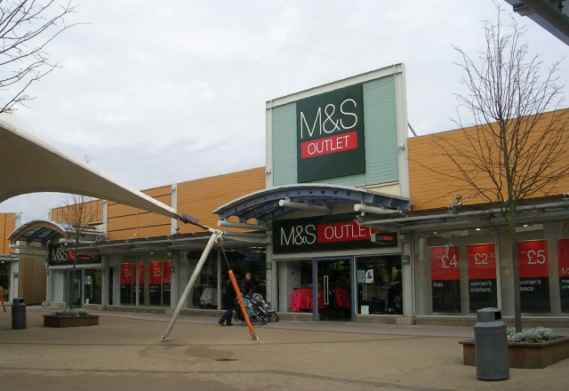 M & S Outlet - Junction 32