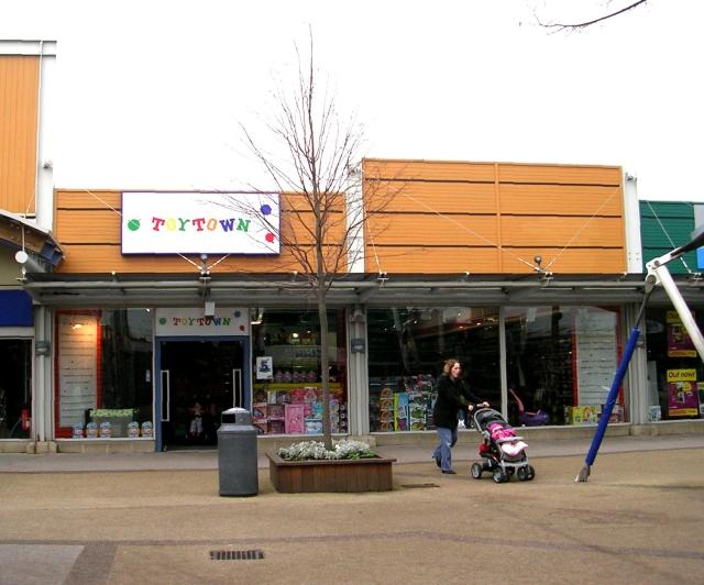 Toytown - Junction 32
