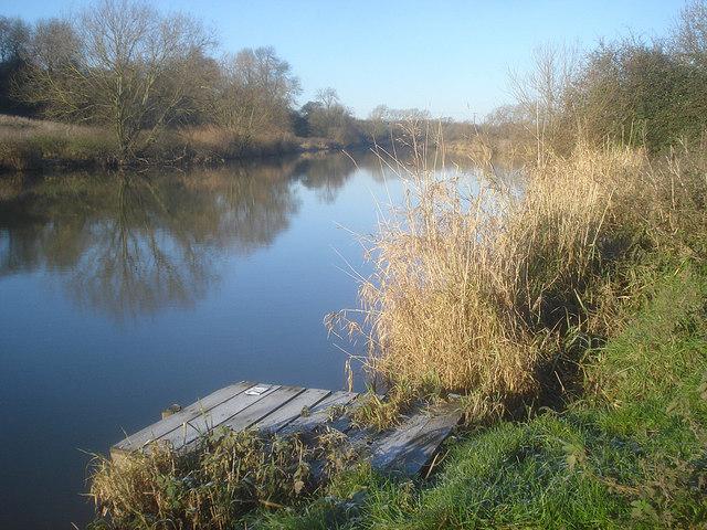 Fishing stand near Strensham