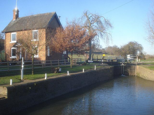 Strensham Lock - 2