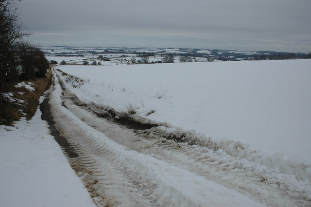 Track and byway near Kineton Hill