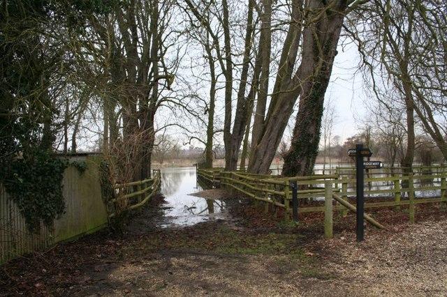 Ferry Lane Little  Stoke