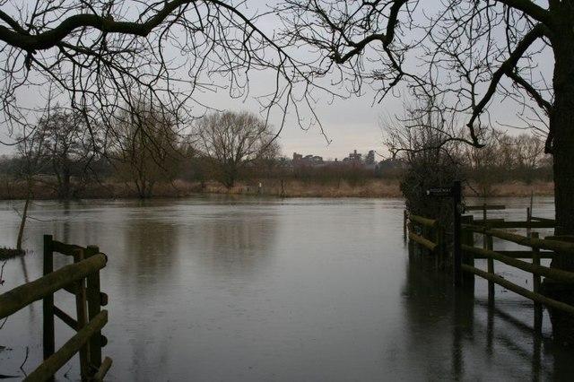 Across the Thames