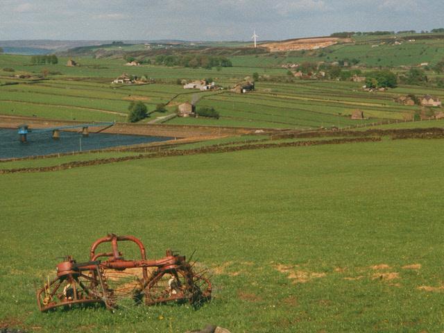Hay rake, Bodkin Lane, near Haworth