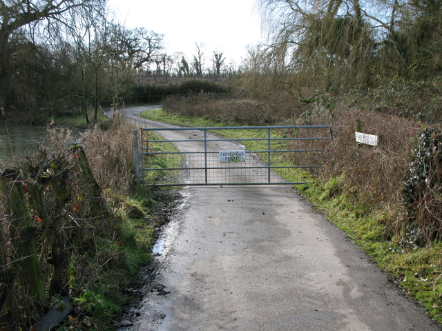 Private farm road at Elmstone