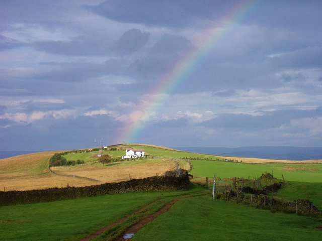 Rainbow over the Gritstone Trail