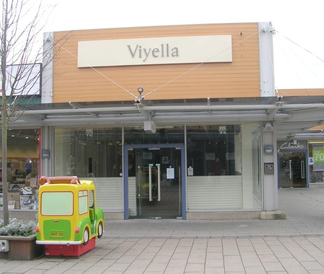 Viyella (empty) - Junction 32