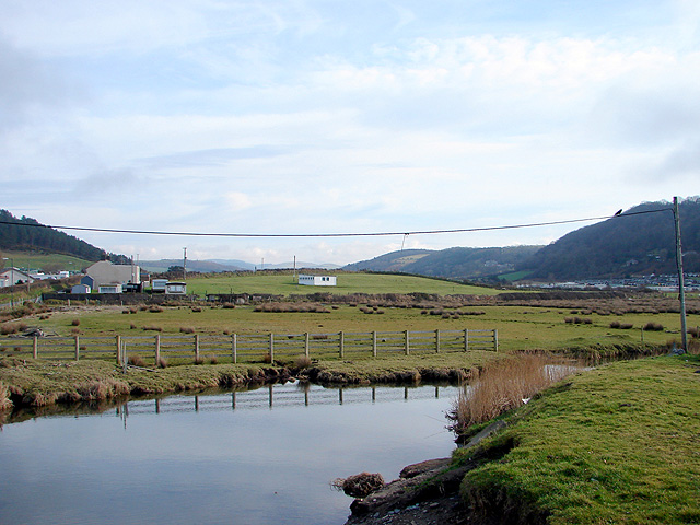 Afon Clarach, looking inland from Clarach Bay