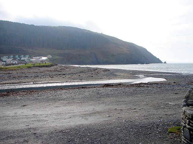 Afon Clarach flows into the sea