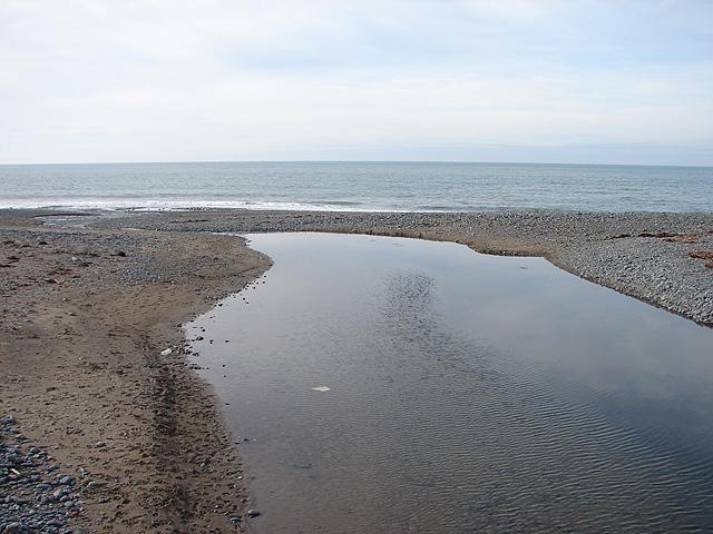 Afon Clarach flows into the sea