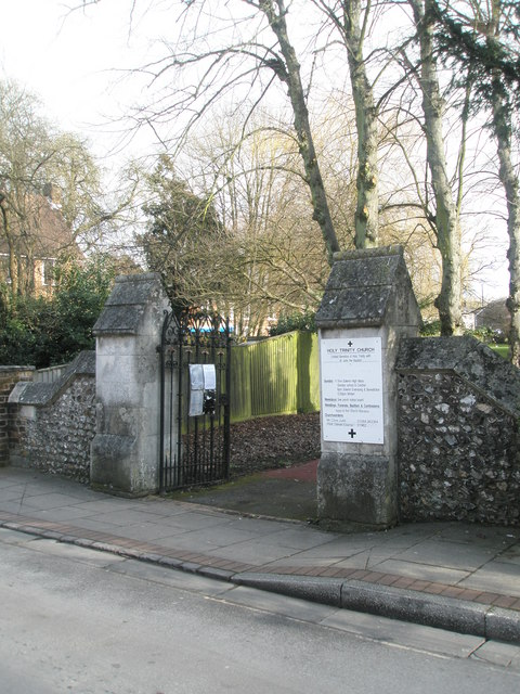 The church gates at Holy Trinity, Winchester