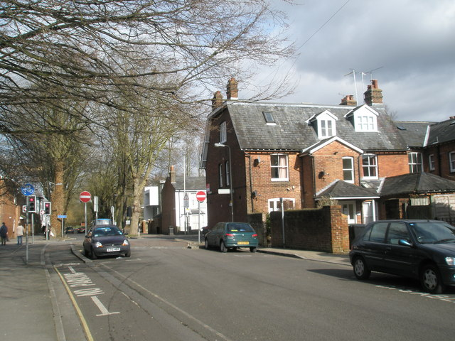 Middle Brook Street
