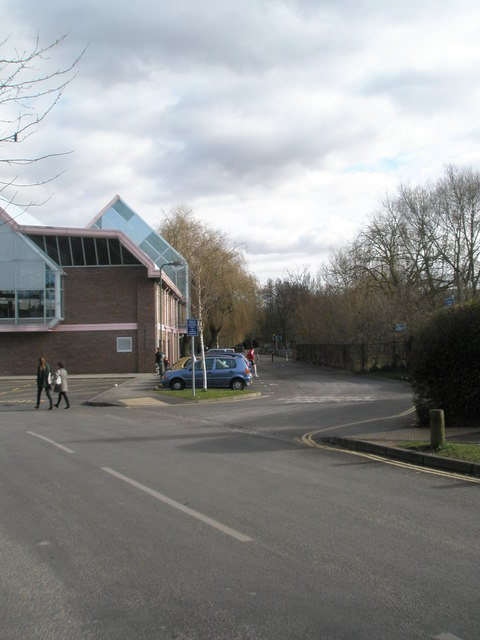 Access road running down the side of River Park Leisure Centre