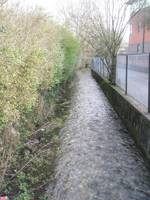 Stream running parallel with River Park Leisure Centre as seen from Gordon Road
