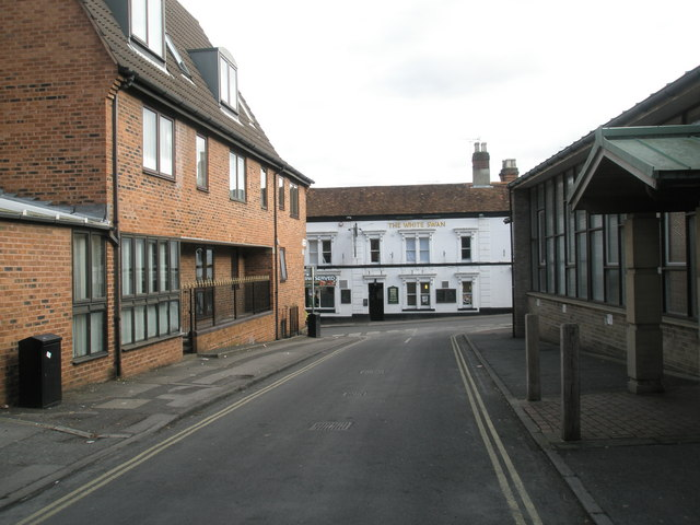 Looking down Swan Lane towards the White Swan