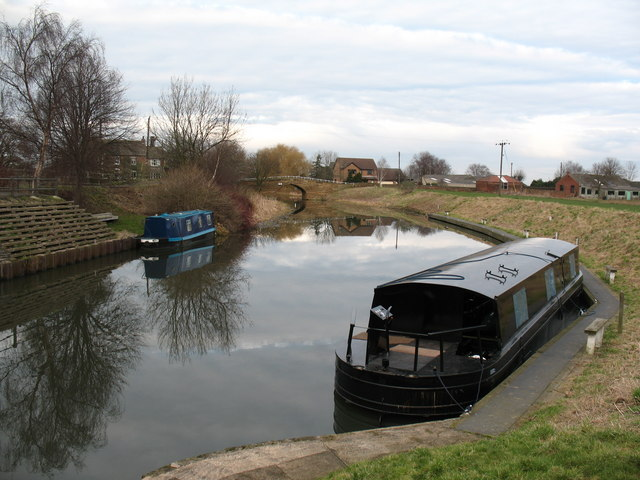Selby Canal at West Haddlesey