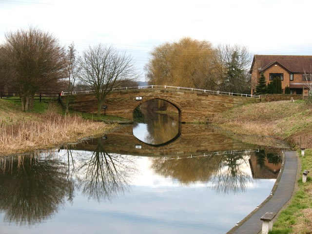 Canal bridge, West Haddlesey