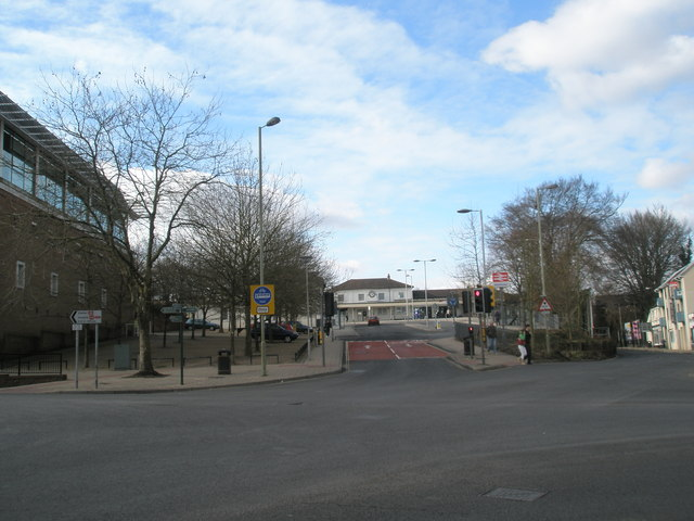 Looking across the station crossroads from City Road
