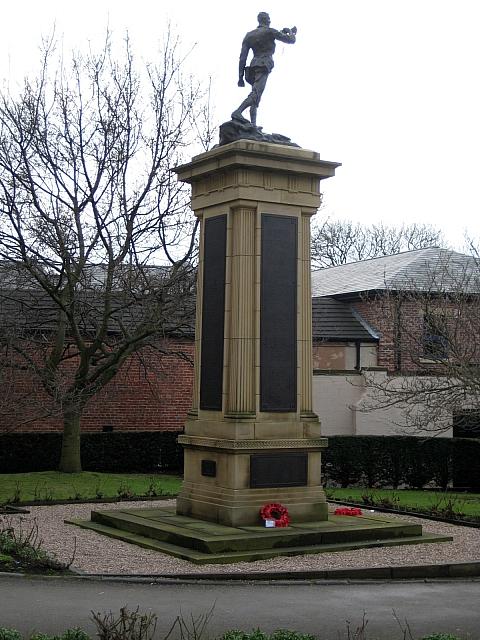 Queen Elizabeth Grammar School War memorial