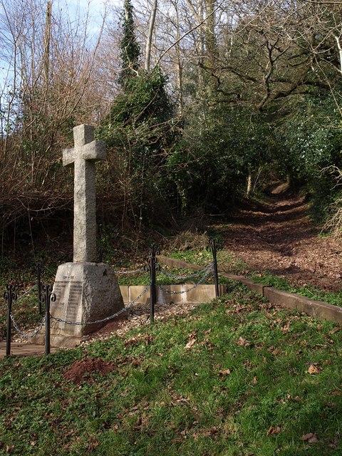 War memorial near Ashcombe