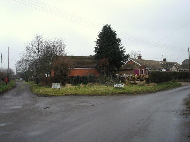 Junction between Thorpe and Gamston Lanes