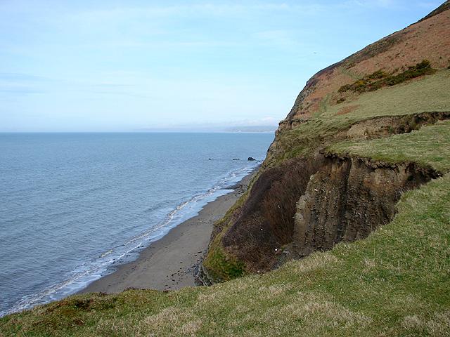 Cliffs and foreshore north of Wallog