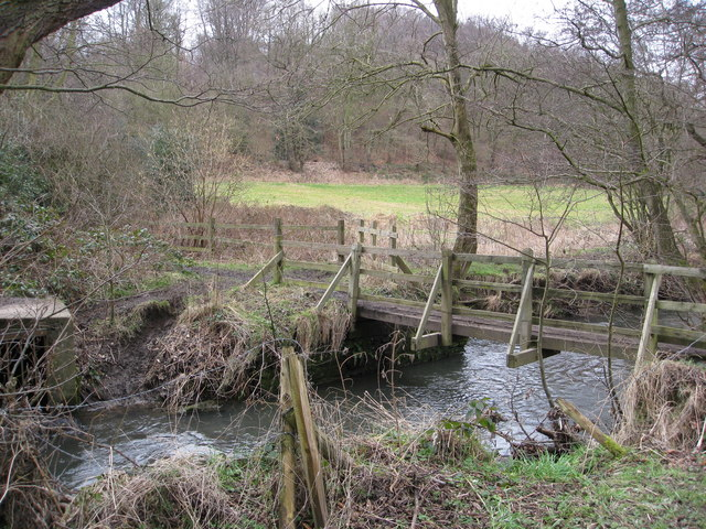 Footbridge over Moss Brook